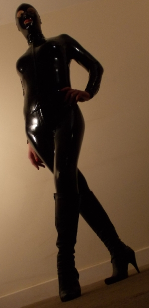 TS Mistress ready to dominate